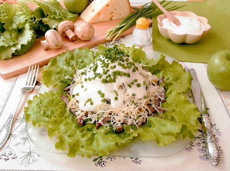 Салат мясной рецепт с фото очень вкусный пошаговый